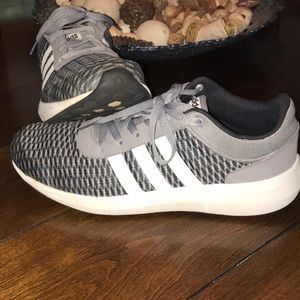 Men's 10.5 ADIDAS CLOUDFOAM RACE